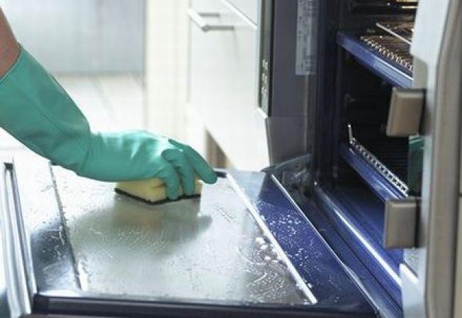 Cum sa cureti cuptorul in mod natural