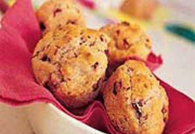 Reteta pentru copii: briose cu fructe de padure