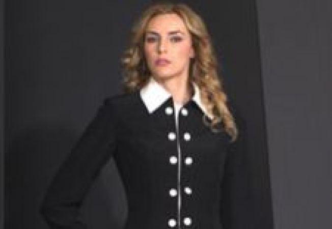 Trend alert: costumul navy