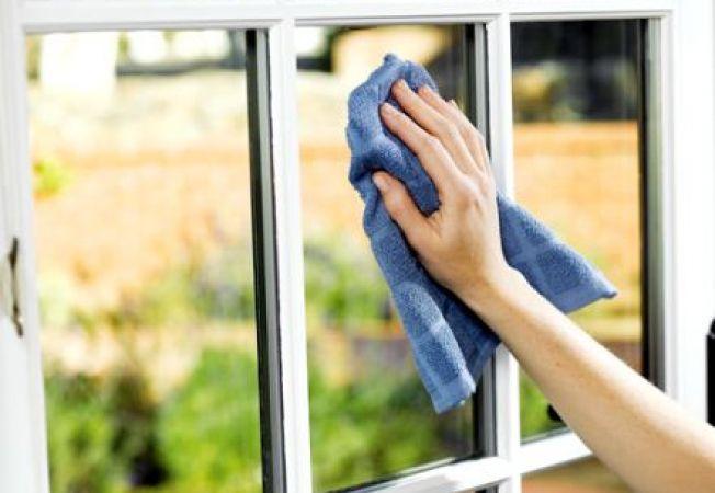 Cum sa folosesti otet alb la curatarea ferestrelor