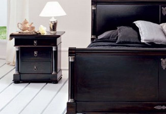 cum sa alegi noptiera perfecta pentru dormitor. Black Bedroom Furniture Sets. Home Design Ideas