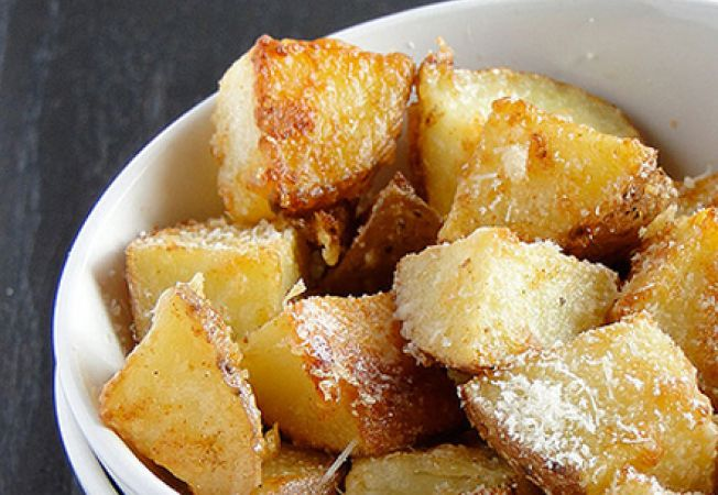 Cartofi la gratar cu parmezan
