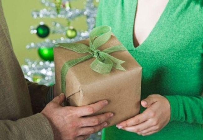 6 greseli de evitat la refolosirea unui cadou