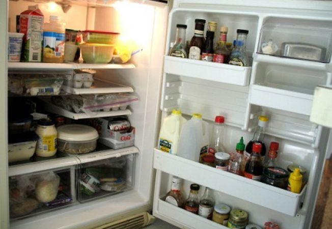Cum sa elimini mirosurile neplacute din frigider