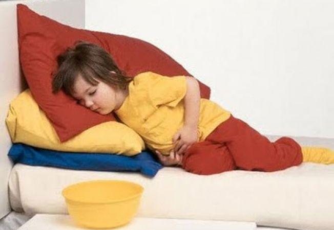 Enterocolita la copii dupa sarbatori. Cum se trateaza?
