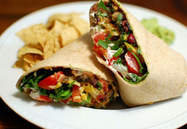 Reteta vegetariana: burritos cu fasole