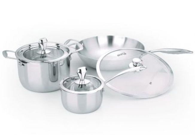 Cum sa cureti vasele din aluminiu din bucatarie