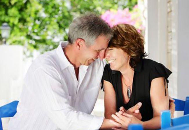 Nevoia de afectiune la femei: de ce vrea ea sa o imbratisezi