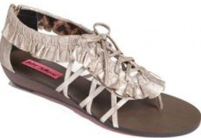 Sandale in voga pentru primavara 2012