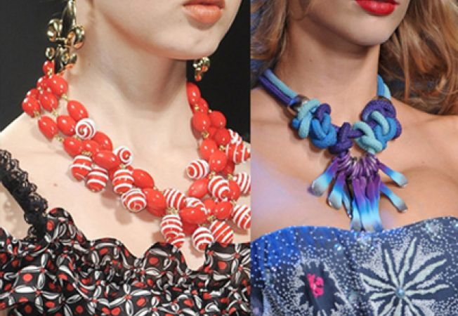 Ce bijuterii iti recomanda designerii pentru primavara-vara 2012