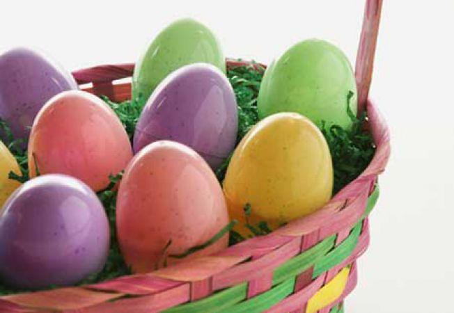 jocuri cu oua cu surprize