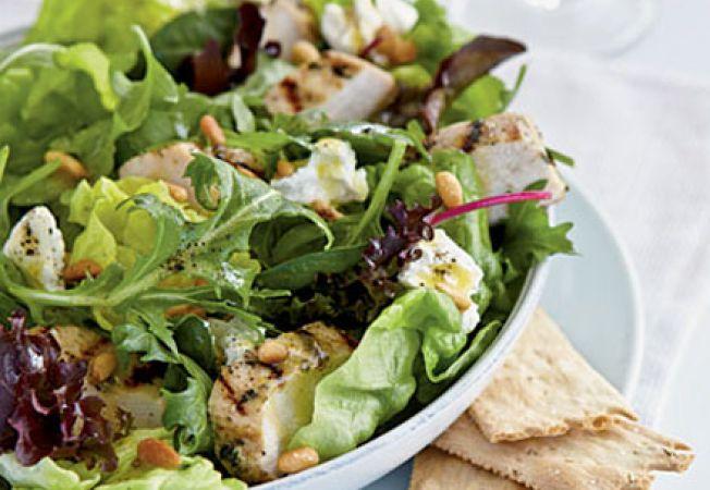 Salata de pui la gratar cu lamaie si cimbru