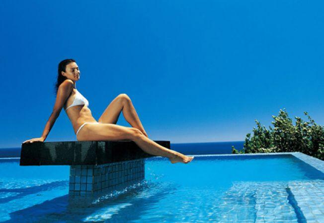 Cum te protejezi la piscina/strand