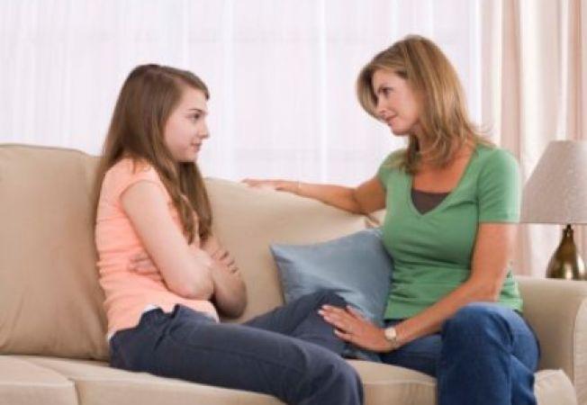 Lucruri pe care adolescentii le urasc la parintii lor