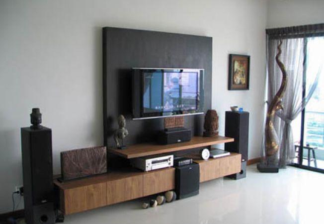 Cum se decorezi spatiul din jurul televizorului plat