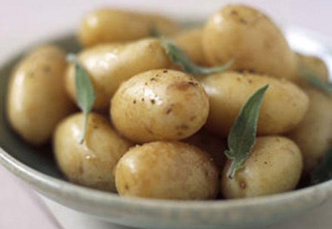 Beneficiile consumului de cartofi noi