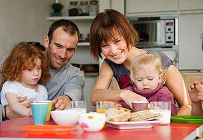 De ce este important sa iei masa in familie