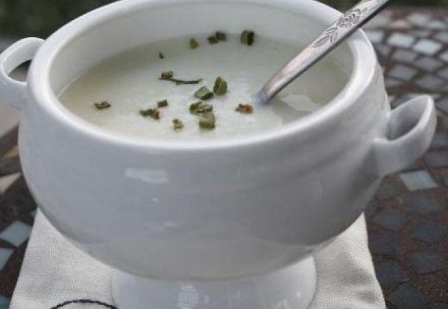 Supa cremoasa de usturoi