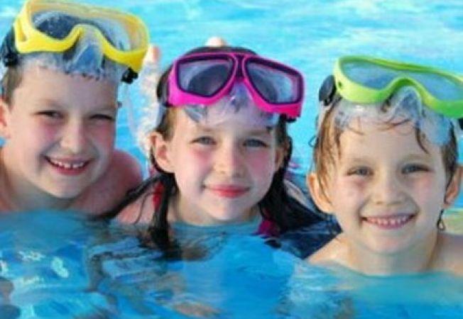 Activitati racoroase pentru copii in zilele caniculare de vara
