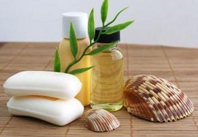 Uleiul de jojoba si beneficiile miraculose pentru piele