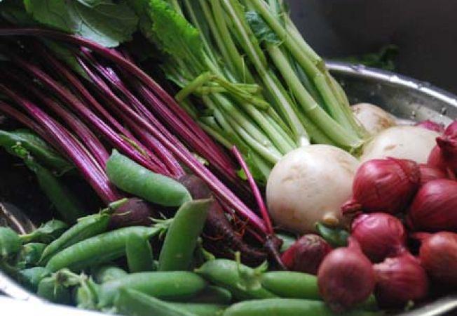 """Cultiva """"baby"""" legume pentru un plus de savoare"""