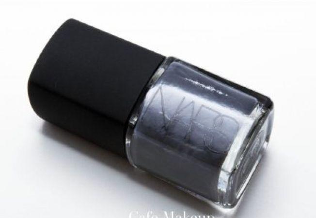 Nuante de unghii in tendinte pentru toamna 2012