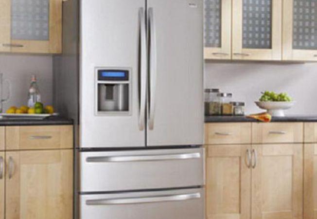 Cum muti un frigider fara sa zgarii podelele