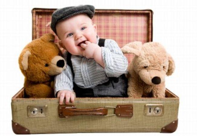 5 trucuri pentru o calatorie usoara si placuta cu bebe