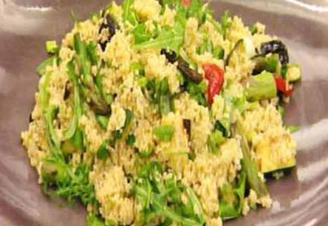 Salata de cuscus cu legume calite