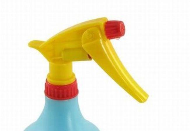 Curatenie: Invata sa pregatesti solutii dezinfectante la tine acasa