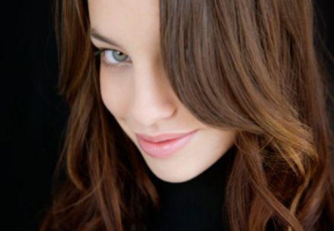 5 motive sa revii la culoarea ta naturala de par