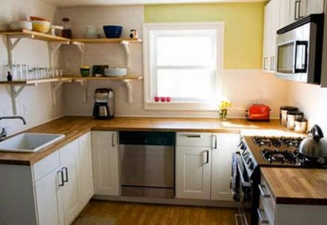 Cum faci o bucatarie mica sa para mai mare - Kitchen design small spaces model ...