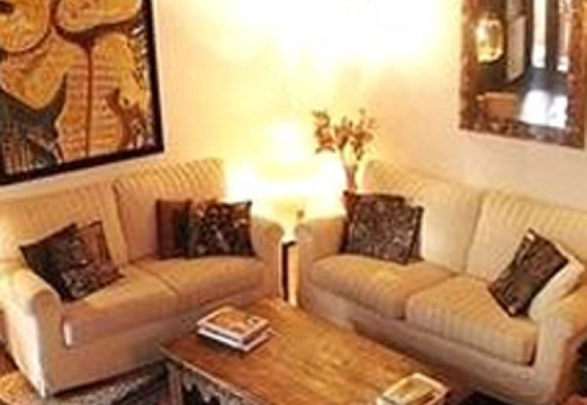 Amenajeaza un living room cu o atmosfera placuta