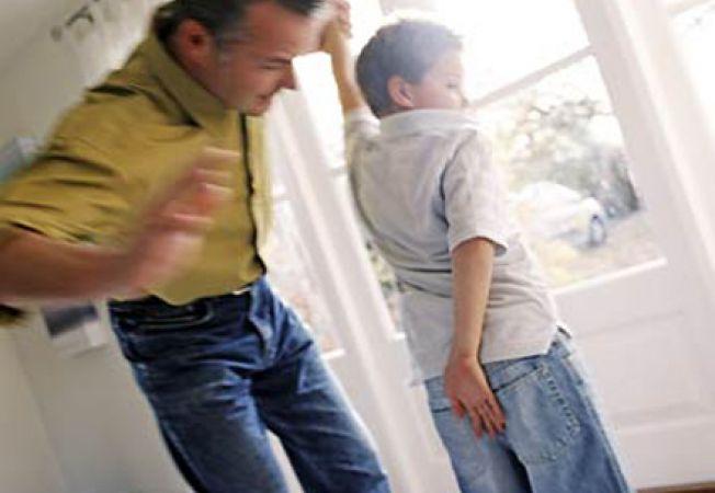 Efectele negative pe care le au palmele date copiilor