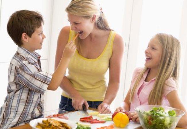 Cum formezi obiceiurile alimentare sanatoase ale copilului
