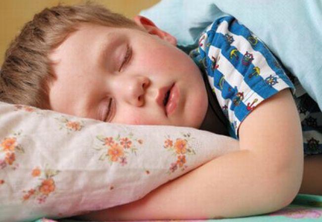 6 cauze frecvente ale problemelor de somn la copii