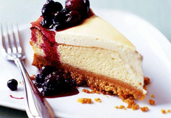 Cheesecake cu lamaie si fructe de padure