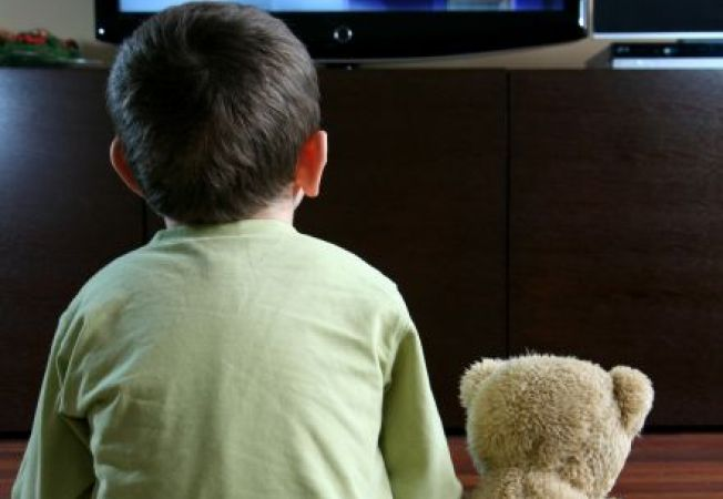 Copilul sub 3 ani si efectele negative ale televizorului asupra lui