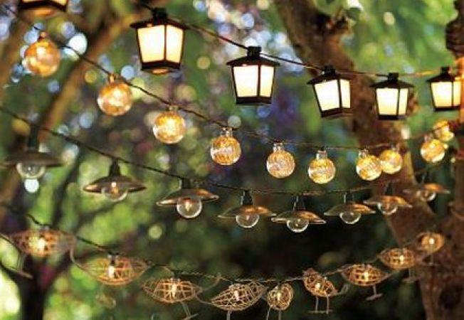 Idei de iluminat pentru o petrecere de toamna in gradina