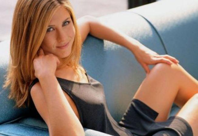 Stil de vedeta: Invata sa te imbraci ca Jennifer Aniston!