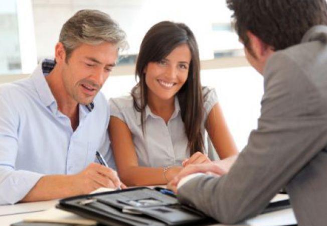 Sfaturi pentru alegerea agentului imobiliar potrivit