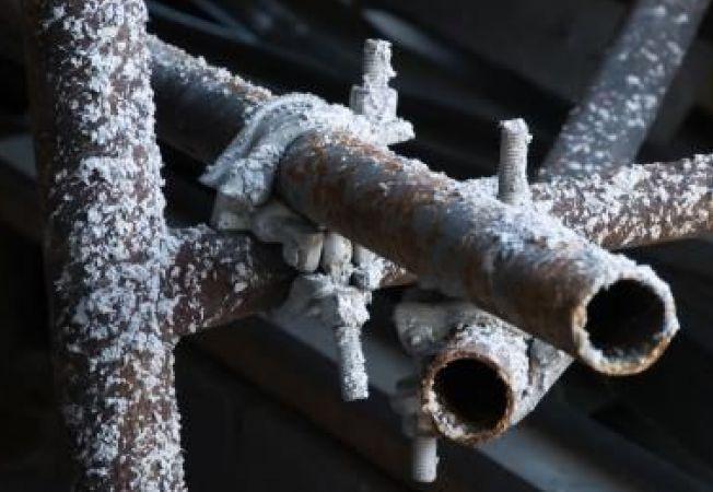 Afla cum poti proteja conductele de apa in sezonul rece!