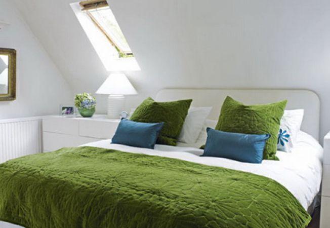 3 idei pline de inspiratie pentru un dormitor la mansarda