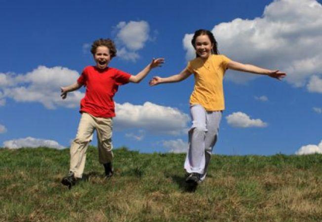 7 minute de miscare pe zi! Doar de atat au nevoie copiii pentru a fi in forma