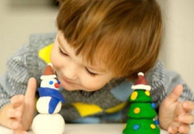 Ateliere de creativitate pentru copii de Craciun
