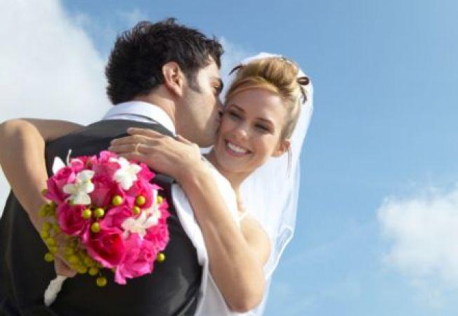 Te casatoresti in 2013? Vezi ce spun astrele pentru zodia ta!