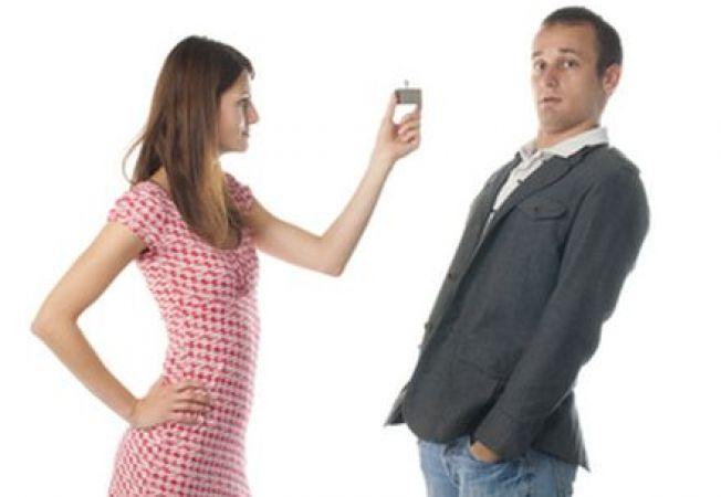 Studiu: Femeile pot cere in casatorie? In niciun caz!