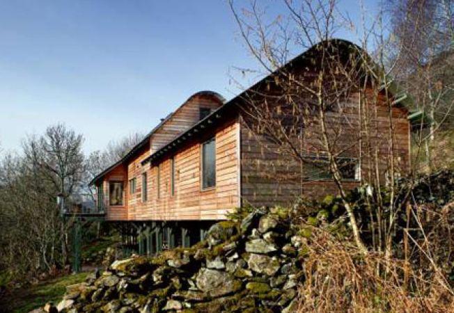 Construirea casei pe un teren in panta: 5 aspecte esentiale