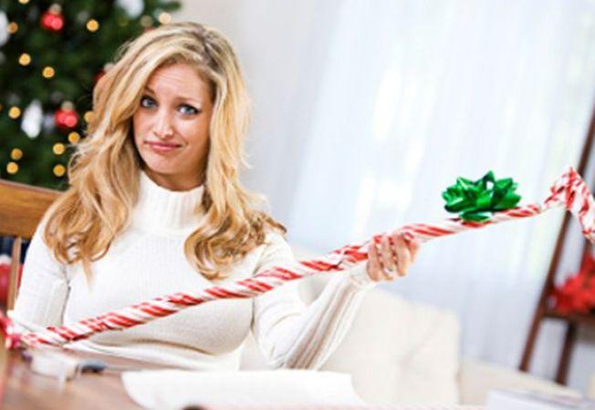 Iubitul tau iti ia cadouri neinspirate? 4 solutii sa ii rafinezi gusturile!