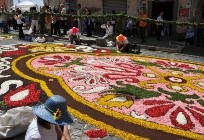 Top 5 cele mai spectaculoase festivaluri internationale ale florilor